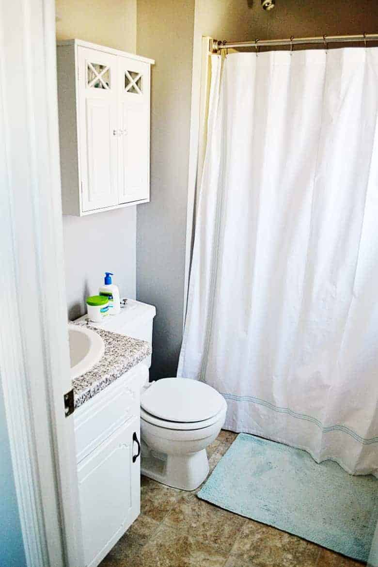 This Easy DIY Marble Toilet Tank Tray Is The Perfect Solution For Toilet  Tank Decor And