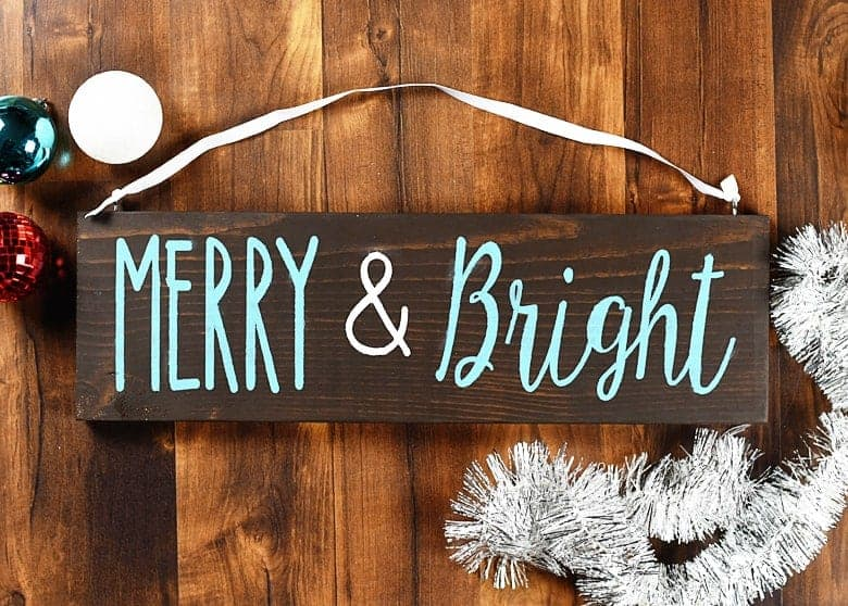 Fast And Easy Merry Bright Christmas Wood Sign Diy Bre Pea