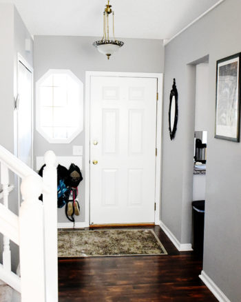 Mini Home Tour: Peacock Blue Thrifted Entryway Decor Makeover